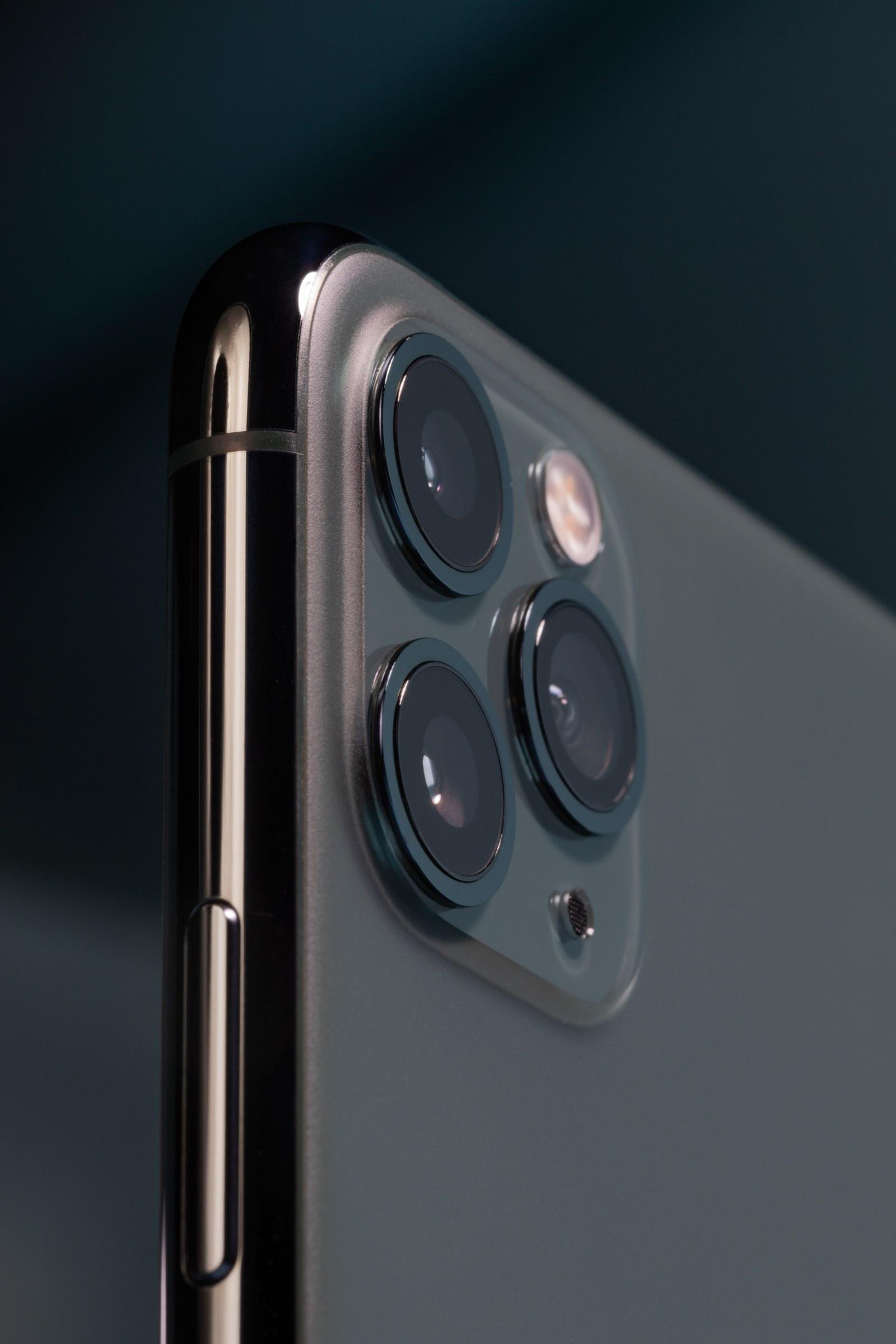 دوربین های سه گانه آیفون 11 پرو مکس